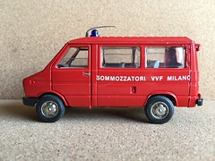 Old Cars Italy - Fiat / Iveco Daily  - Fire Brigade Crew Bus / Personnel Carrier - Sommozzatori VVF Milano  - Miniature Die Cast Metal Scale Model Emergency Services Vehicle (firehouse.ie) Tags: old italy bus cars toy fire model fiat daily crew vehicle van oldcars feuerwehr department carrier dept iveco brigade personnel feuerwehrauto vvf