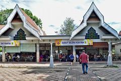 Medan Selera Batu Burok (chooyutshing) Tags: foodstalls medanselerabatuburok kualaterengganu terengganu malaysia