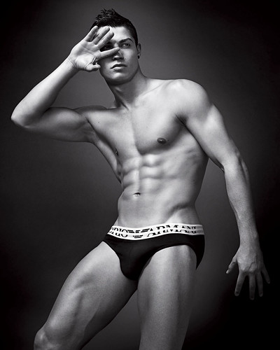 milan naked underwear soccer ita cristianoronaldo bulge emporioarmani