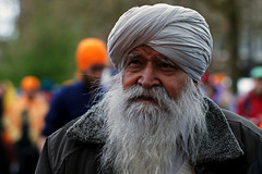 Sikh man at the Vaisakhi Celebration in Amsterdam, The Netherlands (Simon Christiaanse) Tags: portrait people man amsterdam beard dof religion thenetherlands streetphotography celebration turban sikh tradition vaisakhi simonchristiaanse