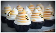 Honey Bee Cupcakes (Klaire with a Cake) Tags: birthday cake cupcake beehive tlc thelittlecupcakery klairescupcakes