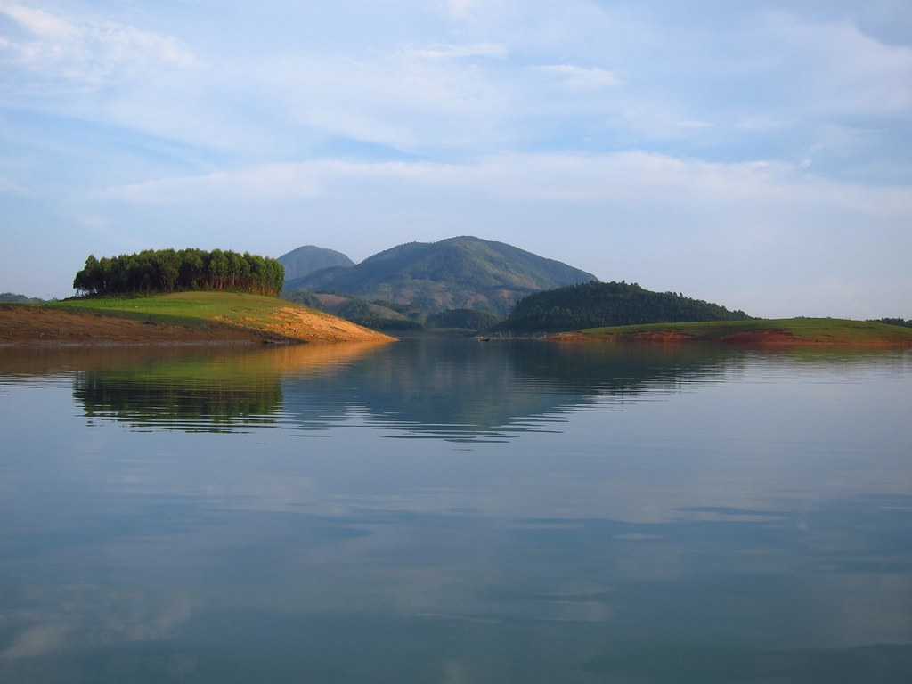 Thac Ba Lake by fabulousfabs, on Flickr
