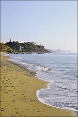 Lighthouse (Duli Tapia Fotografa) Tags: sea espaa lighthouse beach faro mar spain sand playa arena fuengirola mlaga huellas