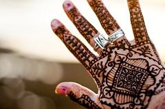 Henna @ Sunset (B.Bubble) Tags: ocean sunset india hand fingers henna bodyart mehndi gujarat diu
