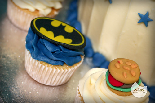Batman Mini Cupcake