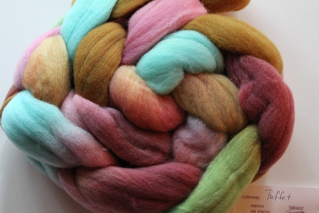 "Bee Mice Elf Polwarth Fiber - ""Tuffet"""