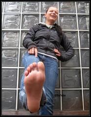feet shots 085 (fcfoto1) Tags: feet girl foot piercing barefoot barefeet pied soles fsse spontaneous girlnextdoor sohlen footmodel fse barfus