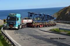 ALLELY'S DAF XF 95 T300 AHH (denzil31) Tags: 3 cat lift crane boom bms trucks trailer 95 heavy scrabster ahh lattice osprey a9 t300 braes daf liebherr haulage stgo sse berriedale zcf goldhofer allelys lg1750 ox06