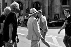 fotograf (arif_sert) Tags: street people blackandwhite bw white black monochrome nikon menschen schwarzweiss weiss beyaz schwarz bnw insan siyahbeyaz siyah