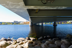 Munksjbron (Housemill) Tags: reflection water lumix sweden panasonic pointandshoot sverige vatten jnkping spegling munksjn lx5 munksjbron munksjbridge