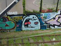 Graffiti Trackside (oerendhard1) Tags: urban streetart art graffiti rotterdam ominous vandalism traintrack a20 trackside omin