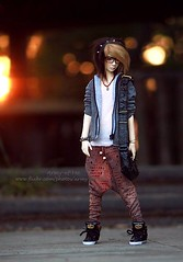 The sky is on fire (Army-of-Me) Tags: boy sunset doll sd round bjd merry hybrid abjd fang mdr merrydollround mdrfang