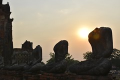 _DSC0346 (lnewman333) Tags: sunset sea river thailand temple seasia southeastasia buddha buddhist unescoworldheritagesite ayuthaya ayutthaya chaophrayariver 1460 watchaiwatthanaram kingprasatthong