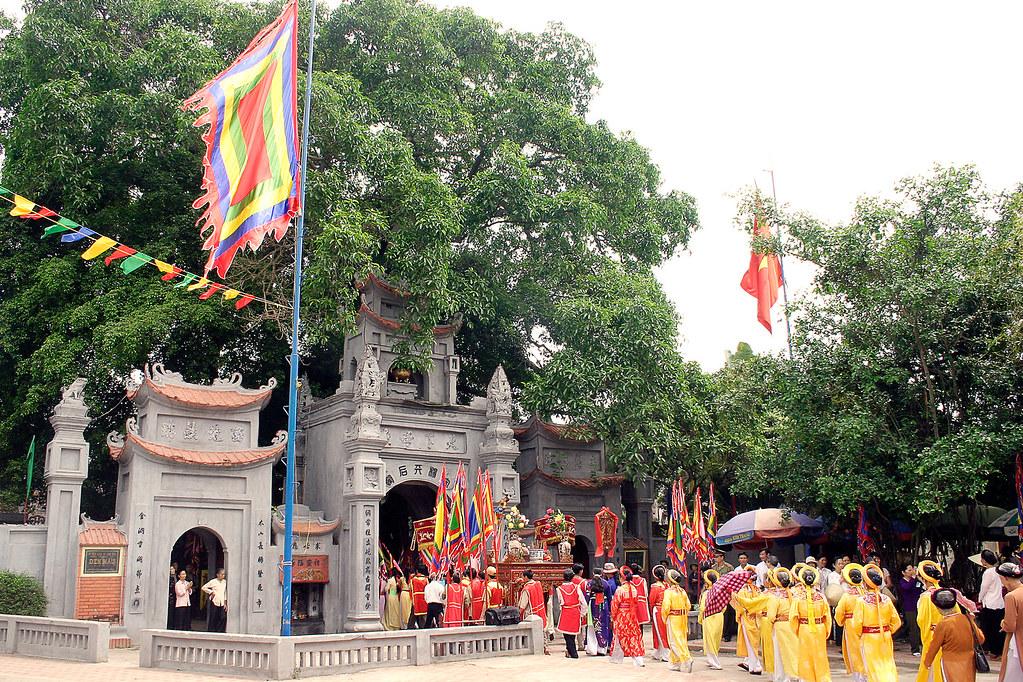 """Ngôi đền mang tên một trong """"tứ bất tử"""" của Việt Nam"""