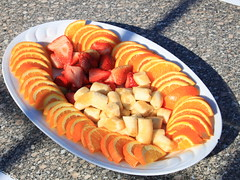 Egypt_IMG_6869 (Kristel Van Loock) Tags: food fruit redsea egypt frutta cibo egitto egypte sharmelsheik rodezee aardbeien banaan appelsienschijfjes