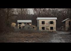 Le village : Dcouverte (www.darnoc.fr) Tags: camp photoshop canon eos village tag abandon 70300mm maison militaire lightroom levillage 70300 ef70300mmf456isusm 60d eos60d