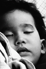Pacem (▼Madeleine▲) Tags: boy sleeping bw white black mouth asian eyes noir child nb yeux innocence bouche enfant dormir blanc garçon sommeil enfance