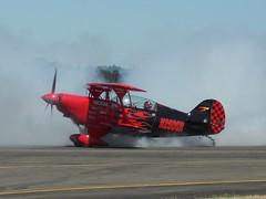 Untitled Pitts S-2B Special N260GR (cn 5059) (Aileron Images) Tags: portland airshow pdx hillsboro s2 hio pitts khio areobatics s2b n260gr