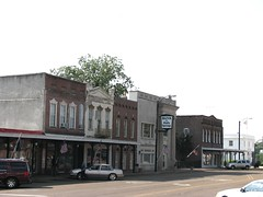 Buildings on the Square in Holly Springs, Mississippi (bluerim) Tags: mississippi townsquare marshallcounty hollyspringsms bankofhollysprings