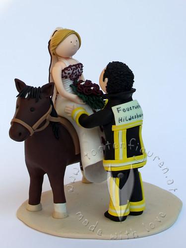 Feuerwehr Brautpaar Mit Pferd A Photo On Flickriver