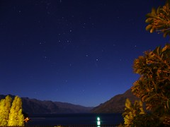 Starry night sky over Queenstown N.Zealand - the Southern Cross constellation and a meteor streak was visible (PsJeremy) Tags: lake cross southern queenstown nightsky wakatipu meteor constellation shootingstar theremarkables southislandnz  beautifulnewzealand scorpioconstellation