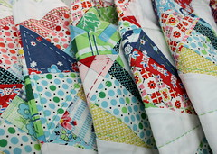 Kaliedoscope QAL quilt (so happy!) Tags: hand quilt stitch handmade obsession quilting material schmidt along kona kaliedoscope denyse