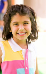 A truly photogenic girl ! (Nouf Otaibi ) Tags: pink girl smile 50mm pretty dress saudi arabia dhahran 550d mashaallah
