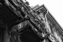 pietra bagnata (Fabio Tacca) Tags: blackandwhite italy architecture stones streetphotography biella piedmont fabiotacca pietrabagnata
