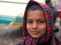 Kohima - Boy (sharko333) Tags: voyage street travel boy scarf asia asien olympus asie indien reise kohima nagaland em1 schaal