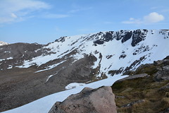 Looking over to Coire Lochan and the Fiacaill ridge (nic0704) Tags: mountain walking t landscape scotland highlands outdoor hiking hill peak an ridge climbing summit mountainside cairn gorm scramble cairngorm cairngorms foothill lochan coire sneachda fiacaill