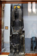 Mother of Thutmose III (konde) Tags: art statue ancient queen granite karnak isis 18thdynasty thutmoseiii cairomuseum newkingdom