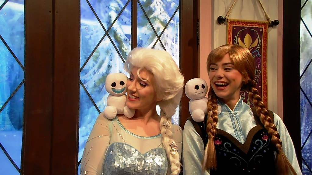 The worlds best photos of adventure and greet flickr hive mind anna and elsa love the snowgies beautifultoyreviews tags california park anna toy frozen m4hsunfo