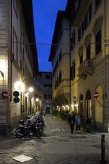 Florenz bei Nacht006 (Roman72) Tags: italien architecture stadt architektur firenze nightshots oldcity ville florenz nachtaufnahmen