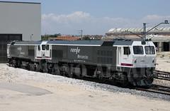 319.221+405 (Mariano Alvaro) Tags: tren trenes tcr pintura ferrocarril renfe 319 villaverde mercancias