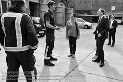 Berlins Regierender Brgermeister besucht die Feuerwache 1300 in Berlin (Agentur snapshot-photography) Tags: berlin deutschland politik europa mayor politics firestation firehouse feuerwehr feuerwache wache firedepartment deu prenzlauerberg personen pankow politiker politican oberbrgermeister brgermeister fireandrescue regierenderbrgermeister persnlichkeiten landespolitk