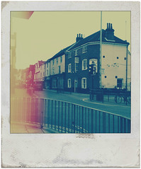 Magdalen Street (Leo Reynolds) Tags: polaroid fake faux f28 3gs phoney iphone 236 fakepolaroid fauxpolaroid iso64 hpexif 0001sec leol30random iphoneography phoneypolaroid iphone3gs hipstamatic xleol30x picmonkey lookofage