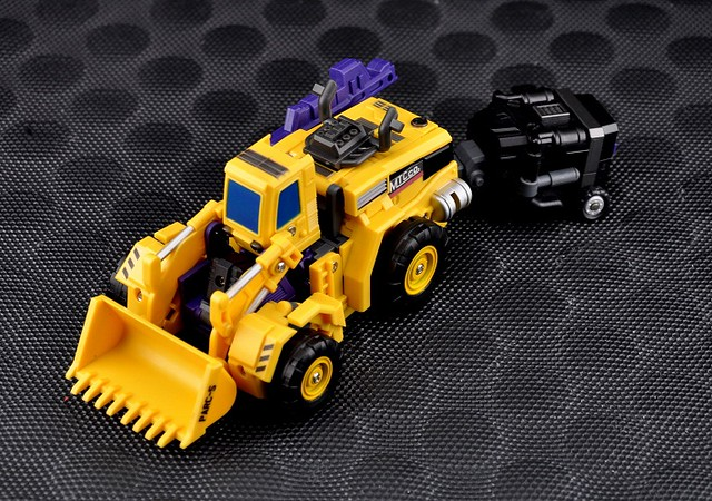 MakeToys – WHEEL LOADER & MIXER