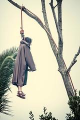 Castro Urdiales Passion - Judas (JesusVillalba) Tags: spain theater rope passion judas hung cantabria semanasanta castrourdiales pasion 450d 55250is treecastrourdialescantabriaspain