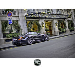 Mercedes Benz AMG SL65 - Bristol Paris (_PEC_) Tags: world auto park black paris cars saint photoshop canon bristol mercedes benz hotel photo automobile noir negro voiture sl coche carro 5d  negra supercar 65 amg sl65 supercars faubourg wagen mark2  pec machina honor   s   worldcars q ch  ling oloneo shn