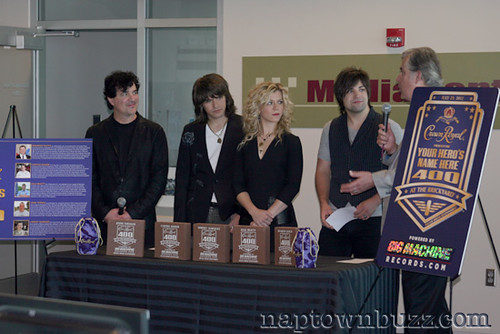 """The Band Perry • <a style=""""font-size:0.8em;"""" href=""""http://www.flickr.com/photos/78612590@N05/7245980468/""""  on Flickr</a>"""
