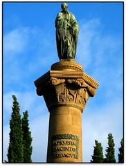 Monument a Jacint Verdaguer, Barcelona (Jess Cano Snchez) Tags: barcelona sculpture espaa monument canon spain monumento catalonia escultura catalunya catalua barcelones espanya eixample powershotg3 elsenyordelsbertins jacintverdaguer pelscaminsdelspaisoscatalans ctbr