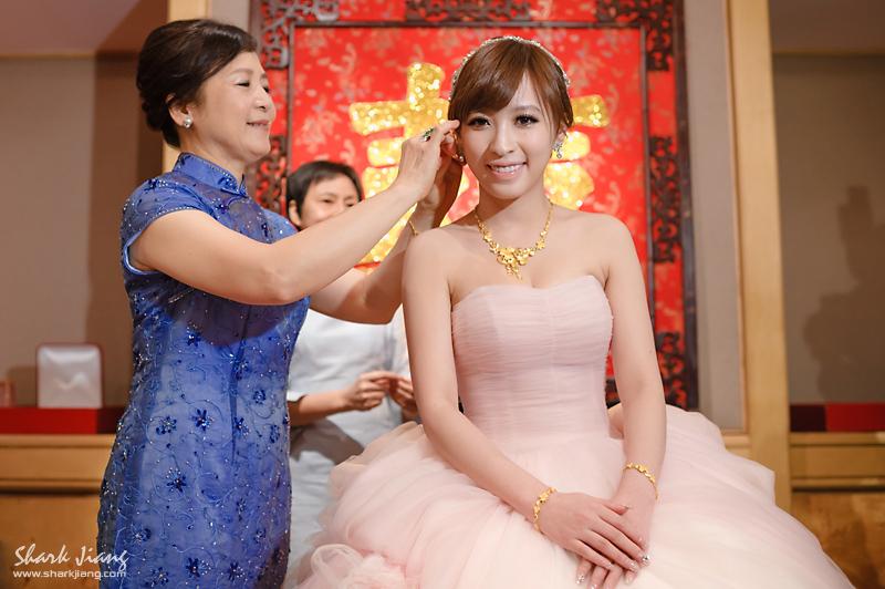 婚攝,君悅飯店,婚攝鯊魚,婚禮紀錄,婚禮攝影2012.04.21.blog-010