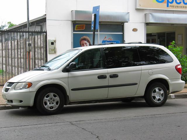 grand dodge chrysler caravan van minivan dodgevan grandcaravan caravanse