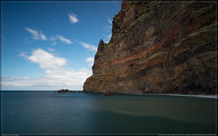 Madeira (00005 von 00021) (exaptor) Tags: sea beach waterfall sony madeira funchal zeiss1635 sonya7