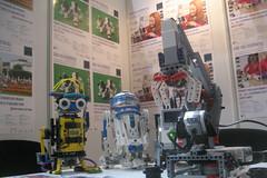 Cafe Neu Romance at Veletrh vdy 2016: LEGO MINDSTORMS robots (Vive Les Robots!) Tags: puppy robot lego prague fair science system r2d2 czechrepublic innovation robotics mindstorms ris 2016 legomindstorms robotarm vivelesrobots cafeneuromance robotperformancefestival veletrhvdy