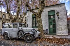 En las calles de Colonia. (MarioVolpi) Tags: cars vintage uruguay colonia autos viejo antiguo canon60d