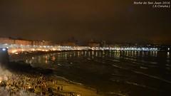 Noche de San Juan 2016... (Leo ) Tags: noche corua fiesta gente playa arena galicia sanjuan corunna riazor orzn hogueras sanxon meigas solsticiodeverano