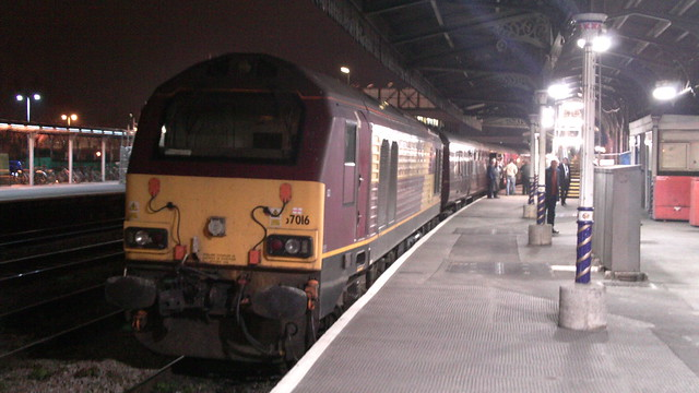 DBS 67016 WITH RACE TOTE SPECIAL AT GLOUCESTER 130312