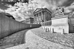 Versailles (HanslH) Tags: paris france clouds wideangle palace versailles palais frankrijk parijs prespective paleis