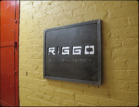 Riggo Design Steel Company Sign